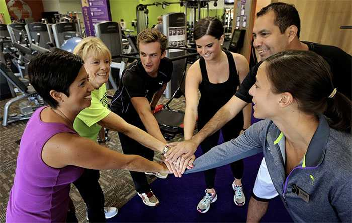 Working At Anytime Fitness Zippia